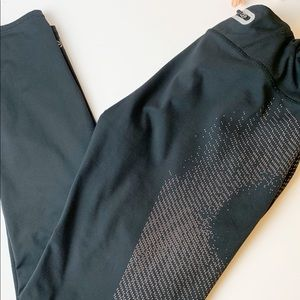 Athleta Black Leggings Size L